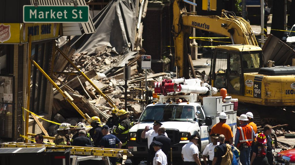 Al menos seis muertos en el derrumbe de un edificio en Filadelfia
