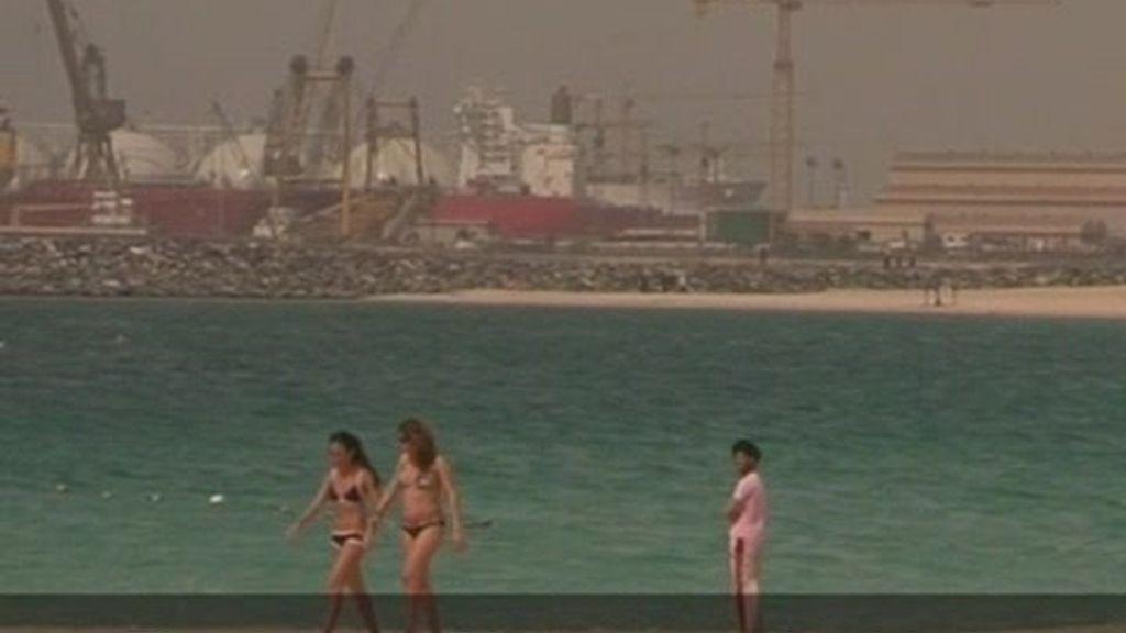 Dubai: Vouyerismo en la playa pública de Dubai