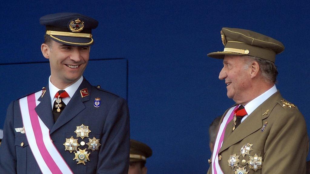 El Rey con el Príncipe, en un acto oficial