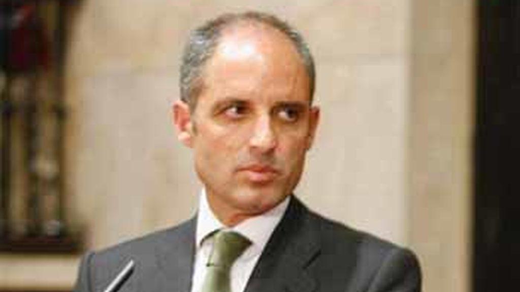 """Camps pide """"prudencia y responsabilidad"""" ante la operación anticorrupción en Alicante y Orihuela"""