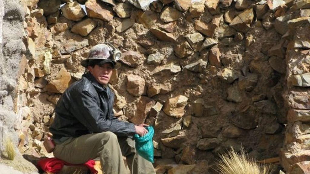 Un minero descansa