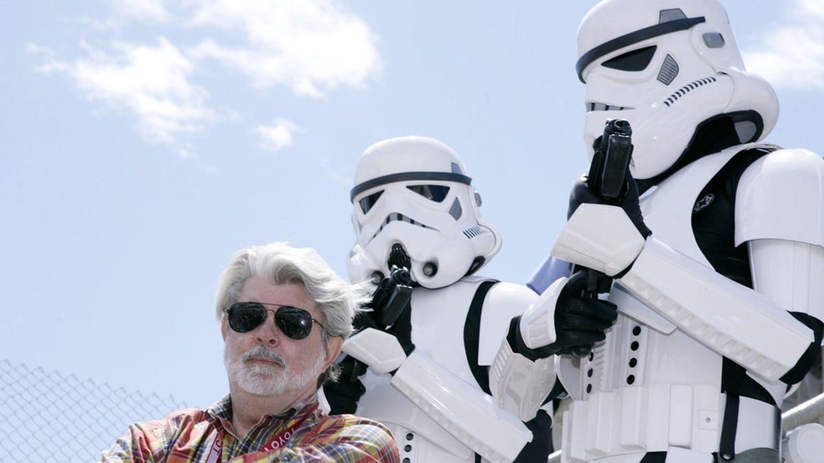 George Lucas y soldados imperiales