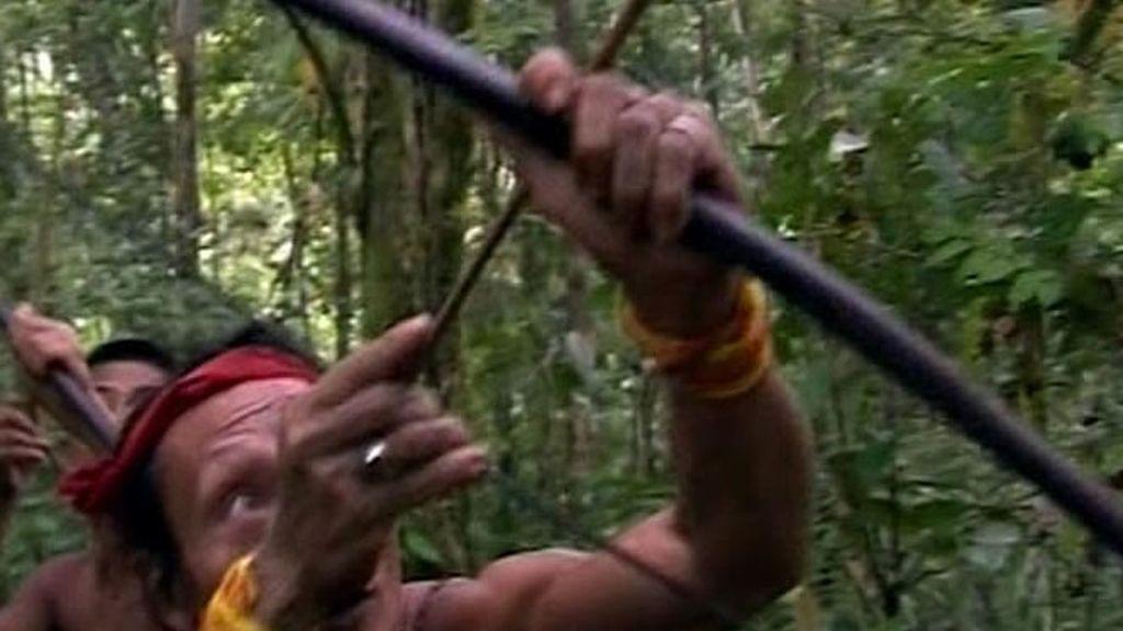 Los mentawai echan la culpa a los Recuero Oliva de que la caza del mono no fuera bien