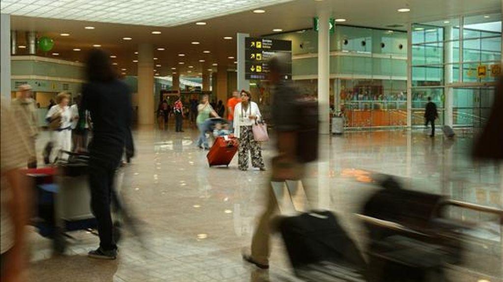 Imagen tomada el pasado mes de junio en la terminal T1 del aeropuerto de Barcelona. EFE/Archivo