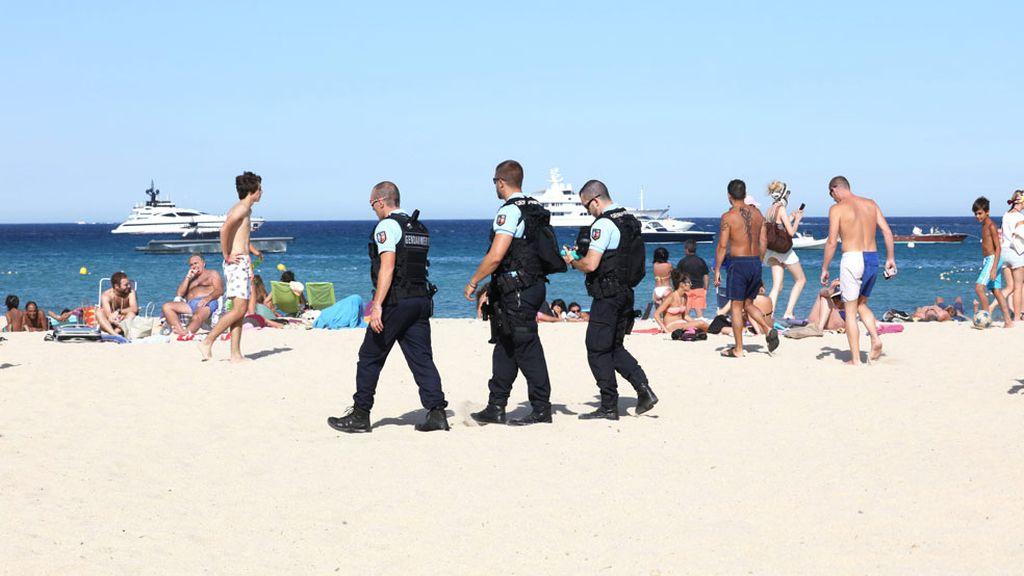 Más seguridad en las playas francesas