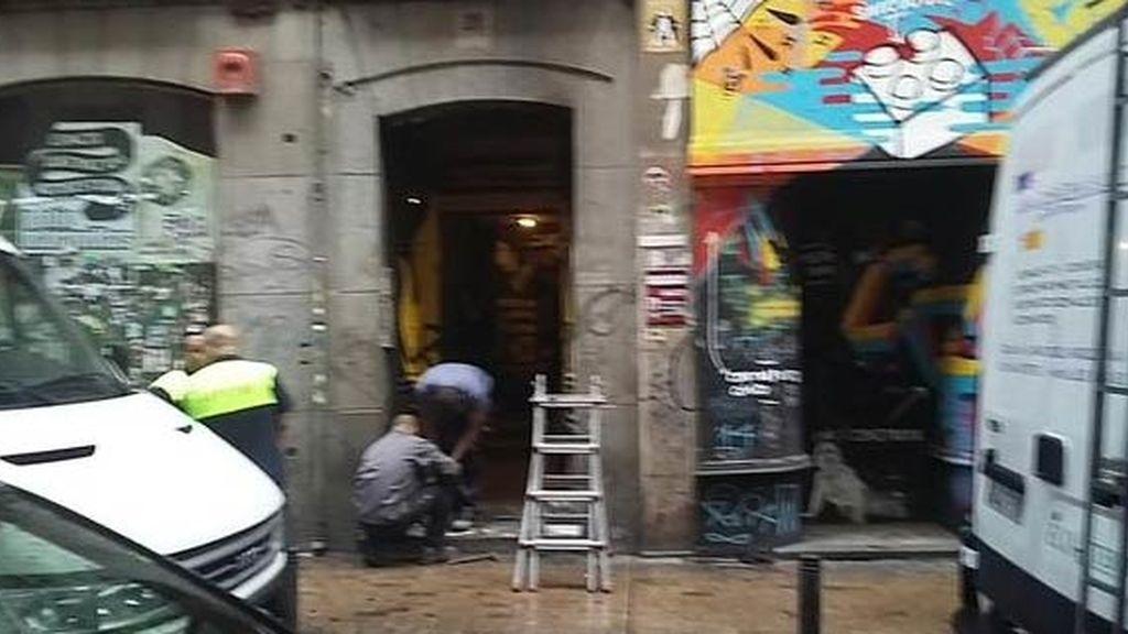 La Policía desaloja el Patio Maravillas