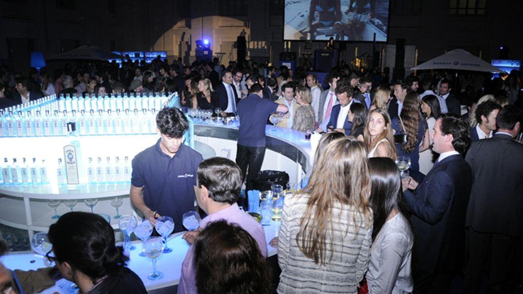 Bombay Sapphire organizó una fiesta playera en la Galería de Cristal del Palacio de Cibeles