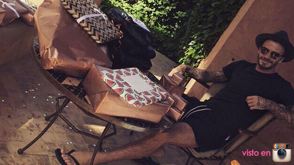 """El exfutbolista ha compartido una foto con los regalos: """"Me siento muy mimado hoy"""""""