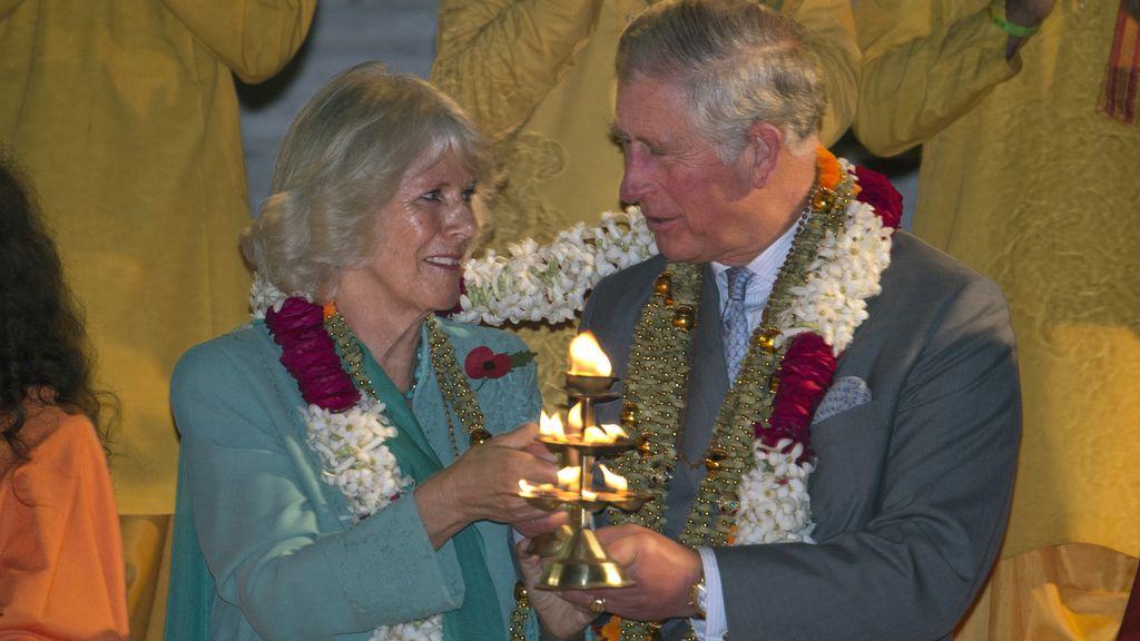 Los duques de Cornualles de visita en la India