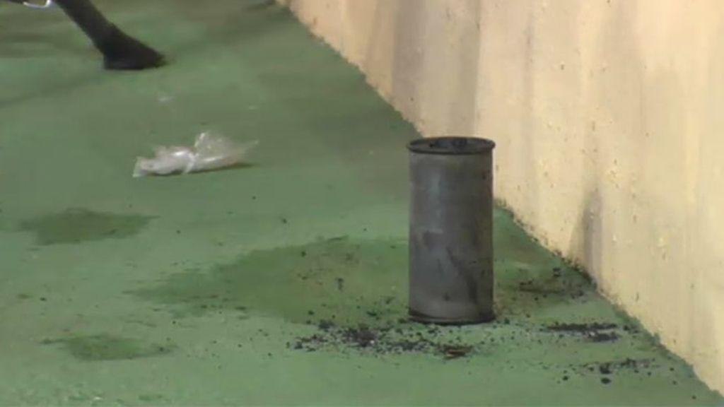 Una bomba lacrimógena desaloja El Madrigal