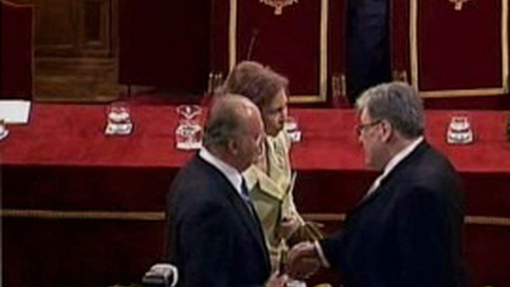 José Emilio Pacheco recibe el premio Cervantes 2009 de manos de SSMM los reyes de España