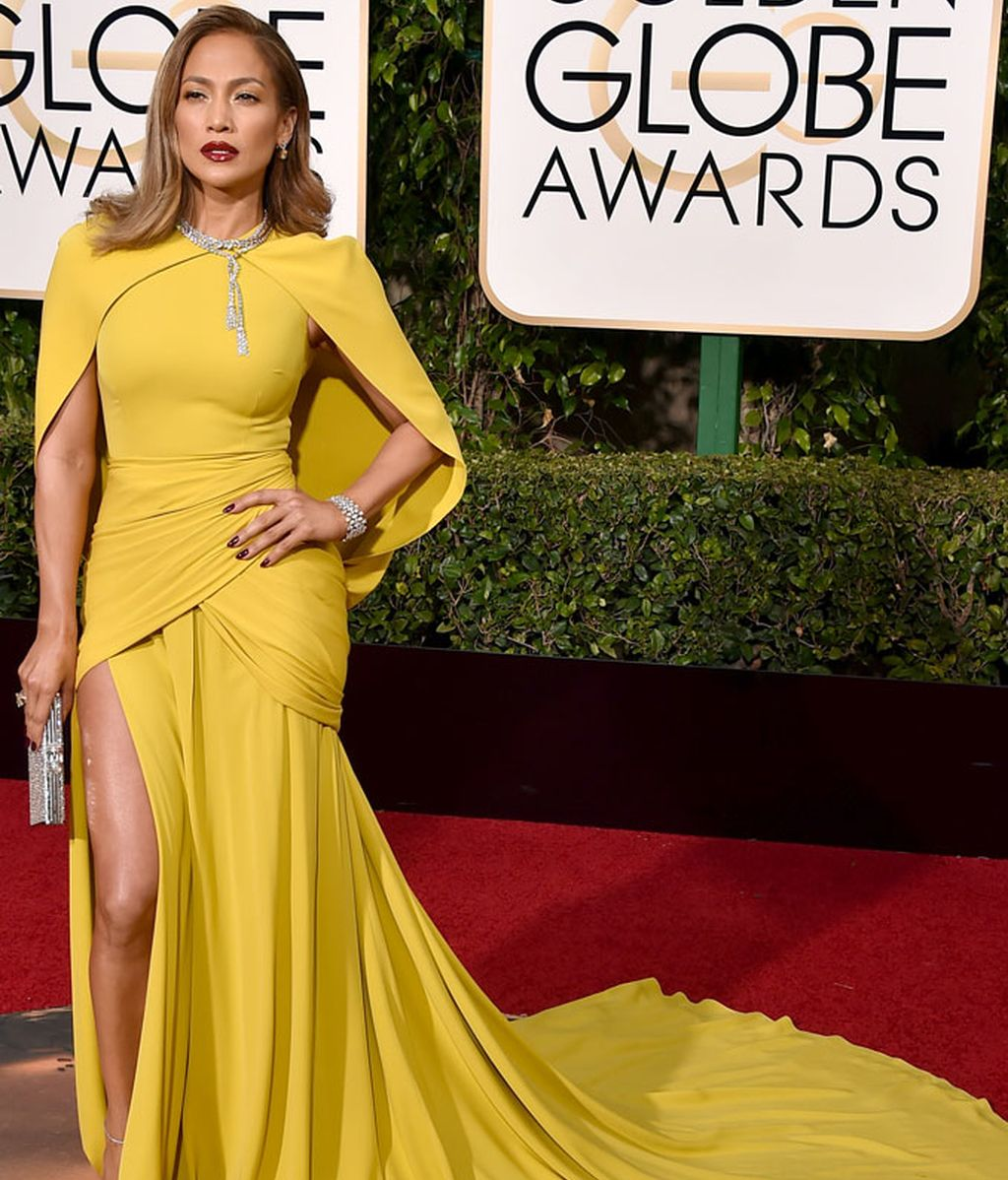Jennifer Lopez vestida de Giambattista Valli