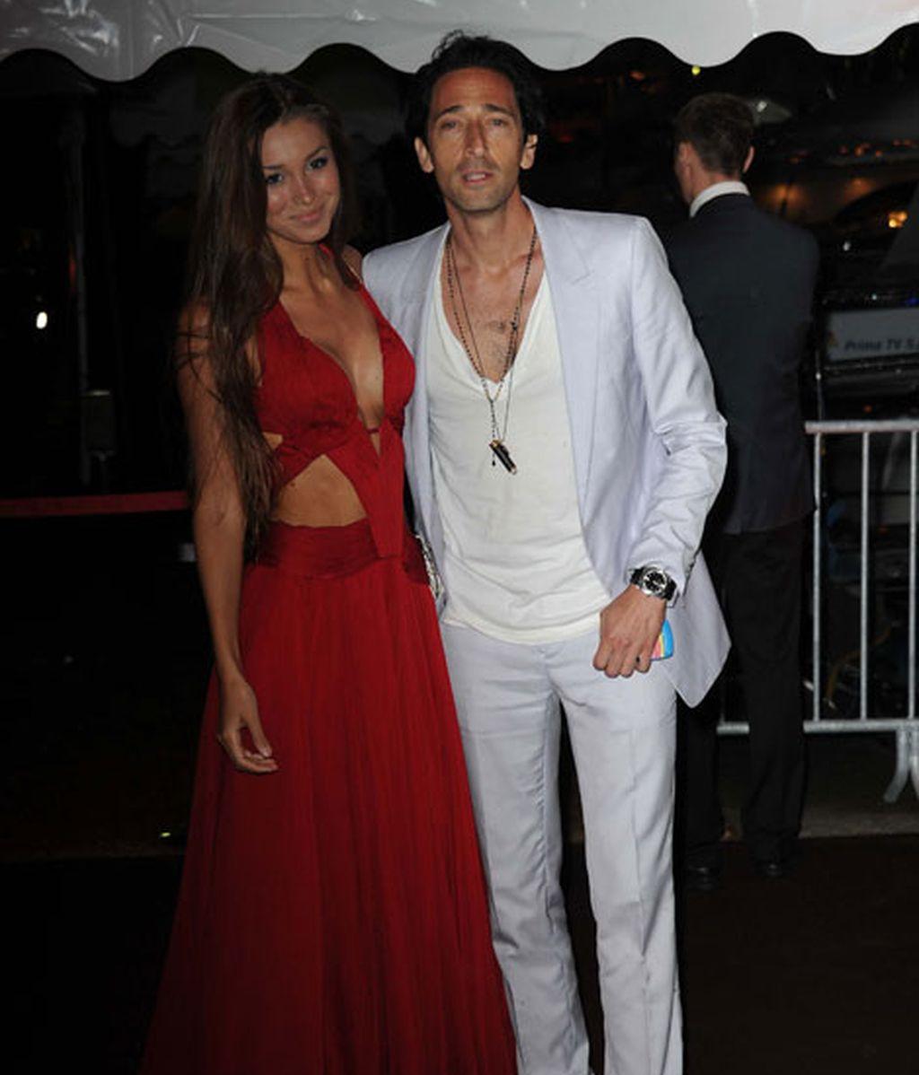 Adrien Brody con su novia, Lara Lieto