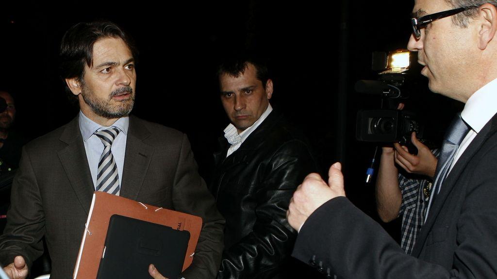 Oriol Pujol sale de los juzgados tras más de diez horas de declaración