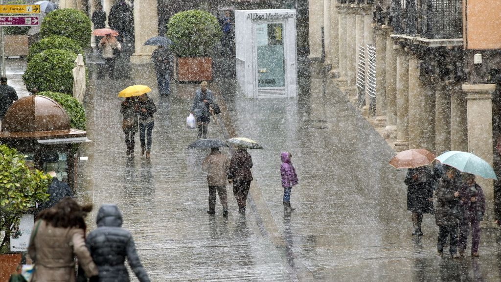 Alerta por lluvia, viento y nieve. Foto: EFE