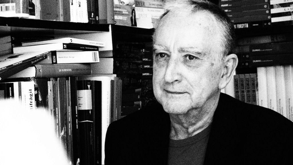 Rafael Chirbes sacó del cajón 'En la orilla'
