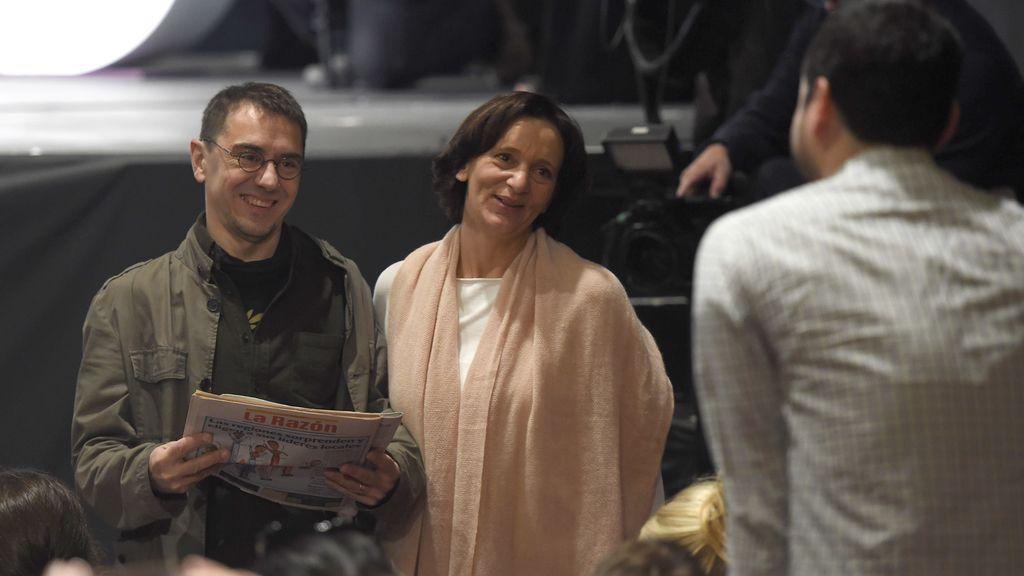 Juan Carlos Monedero y Carolina Bescansa