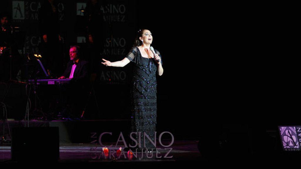 La Pantoja triunfa en Aranjuez (y los famosos la arropan)