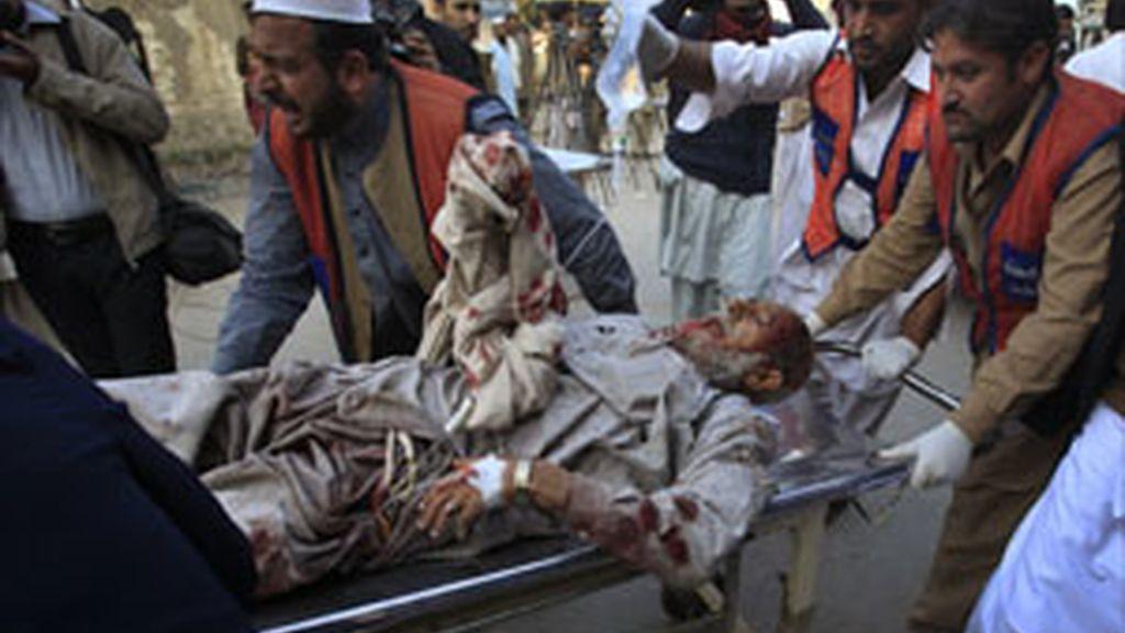 40 muertos en un doble atentado suicida en el noroeste de Pakistán
