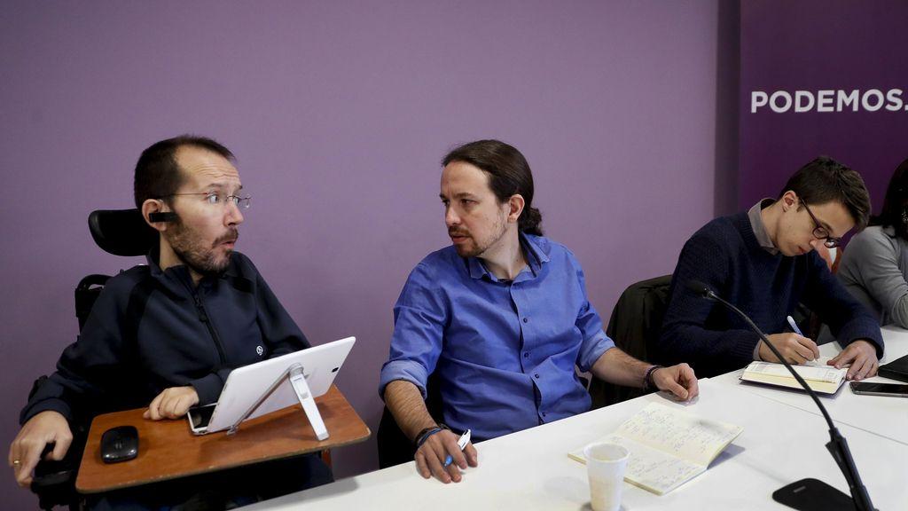 Pablo Echenique, Pablo Iglesias e Íñigo Errejón