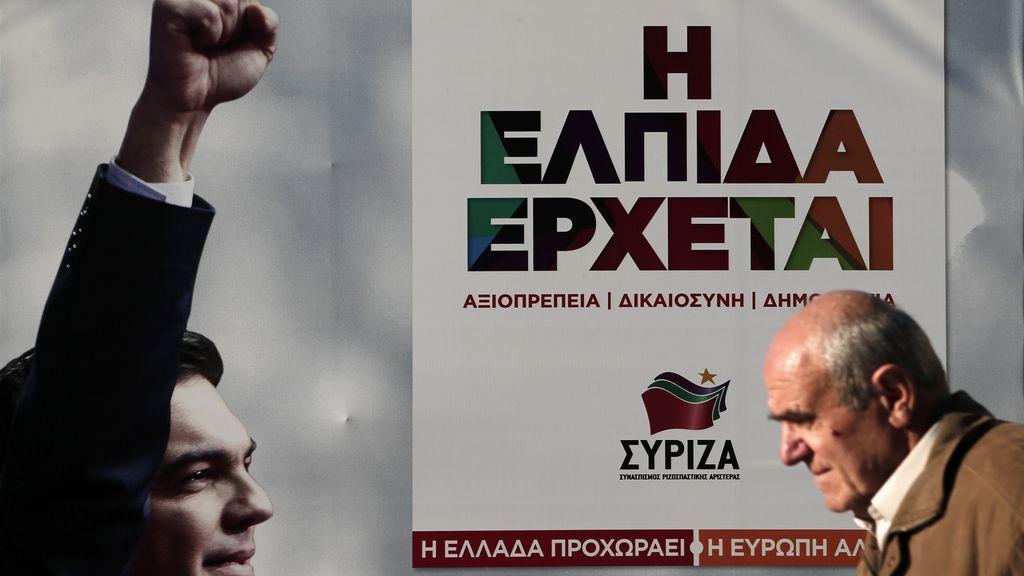 Syriza roza la mayoría absoluta en Grecia