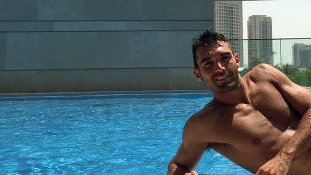 El delantero gaditano triunfa en los Emiratos Árabes