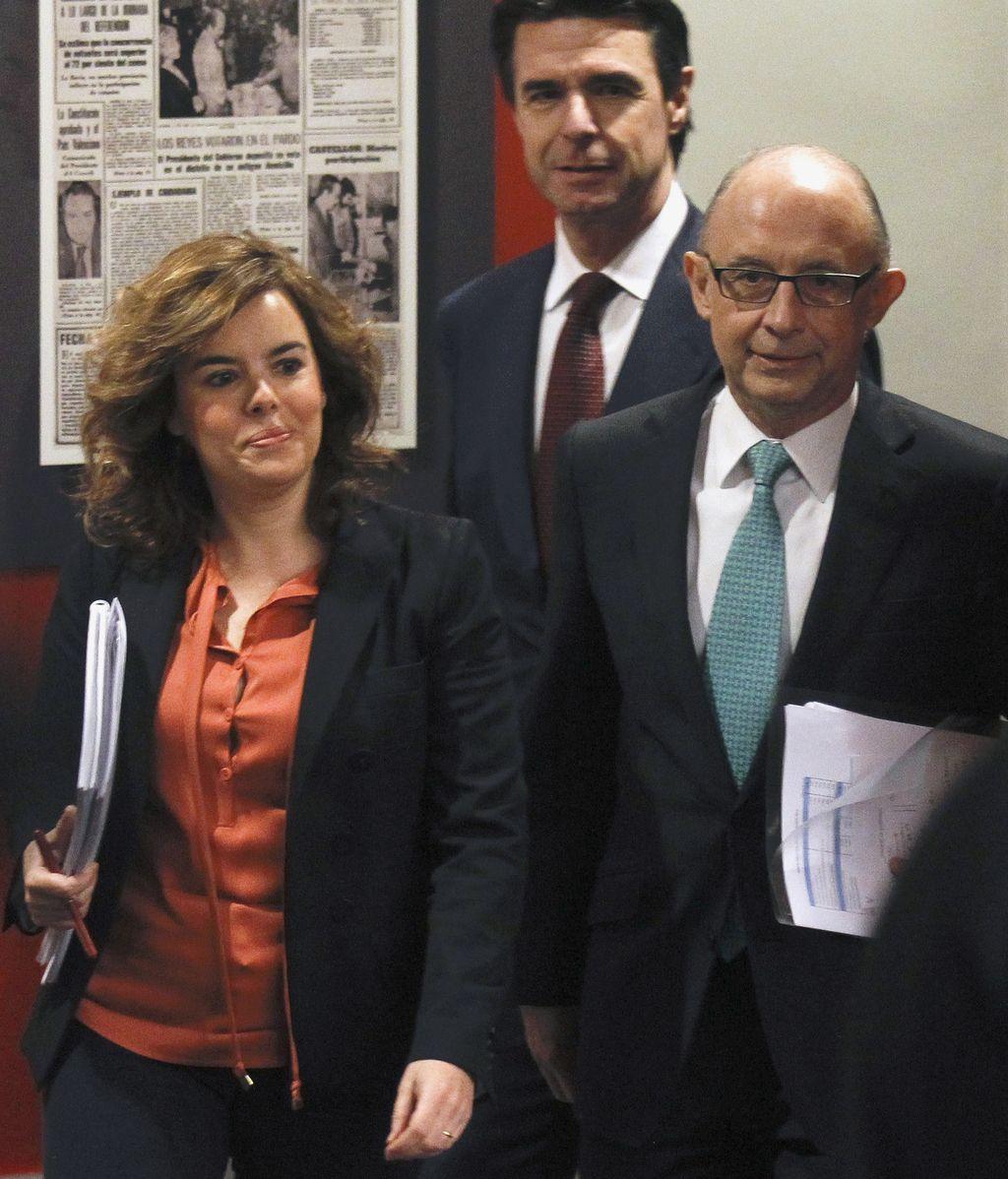 Soraya Saénz de Santamaría, José Manuel Soria  y  Cristóbal Montoro