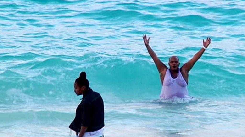 Un bañito en Las Bahamas