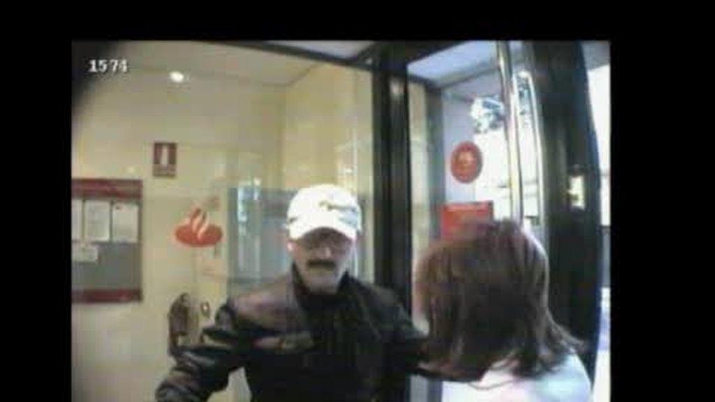 La Policía hace público el vídeo de Cambrils para identificar a los atracadores
