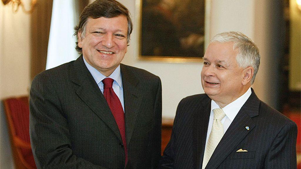 Jose Manuel Durao Barroso y Lech Kaczynski