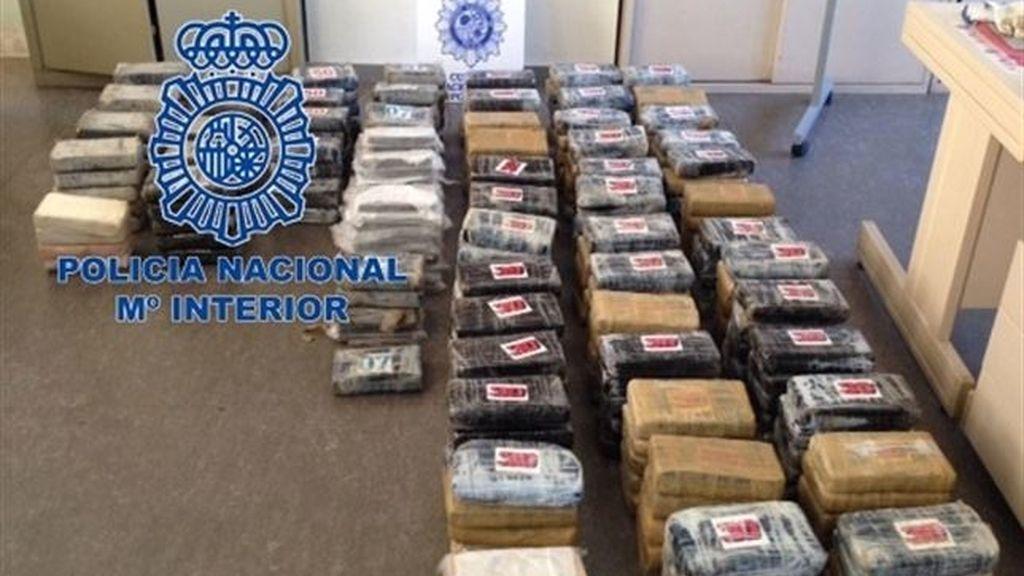 La Policía Nacional interviene 350 kilos de cocaína ocultos en un tráiler