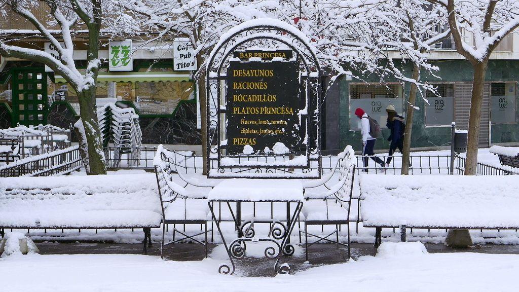 Hasta veinte centímetros de nieve en Cuenca