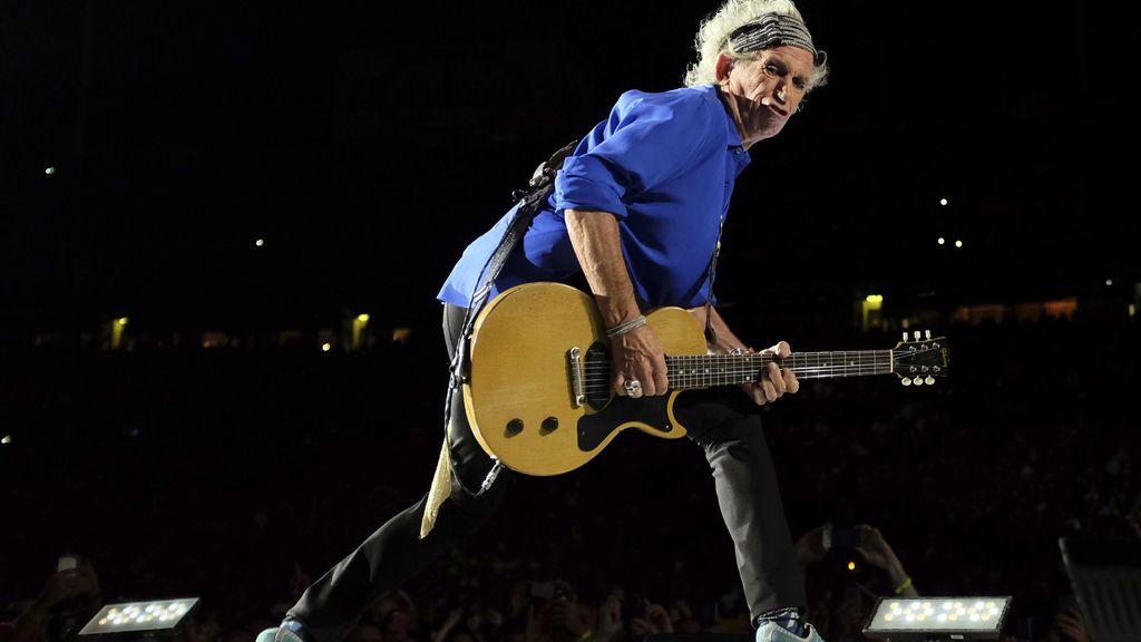 """Keith Richards dice que el Stg Pepper's de los Beatles es una """"basura"""""""