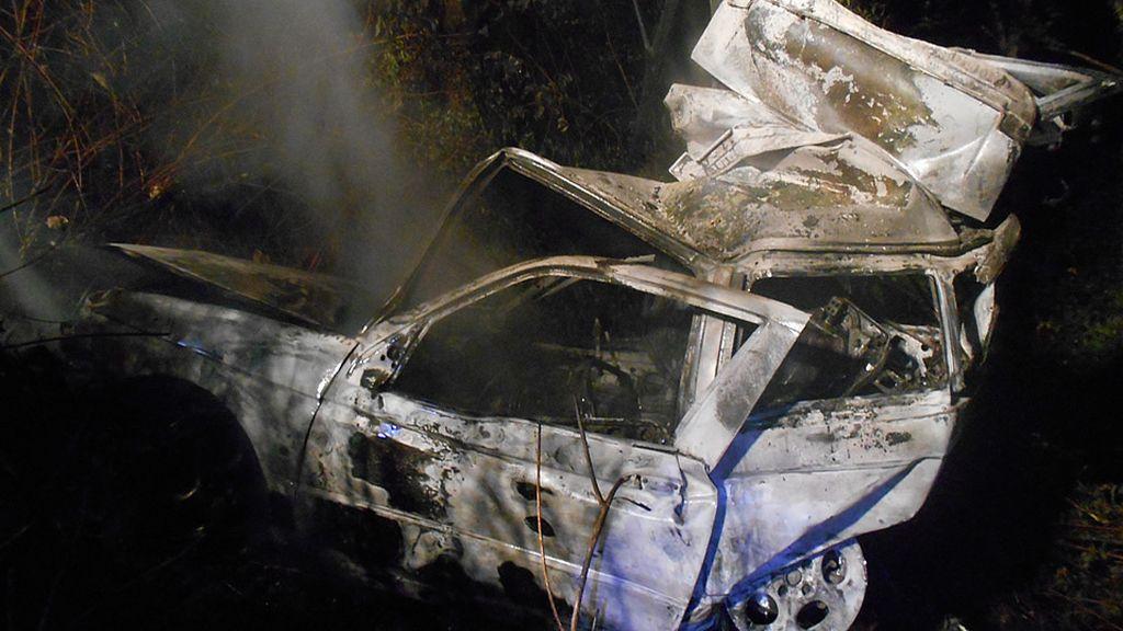 Mueren dos jóvenes de 16 y 19 años tras un accidente en el que se incendió su coche en Val do Dubra