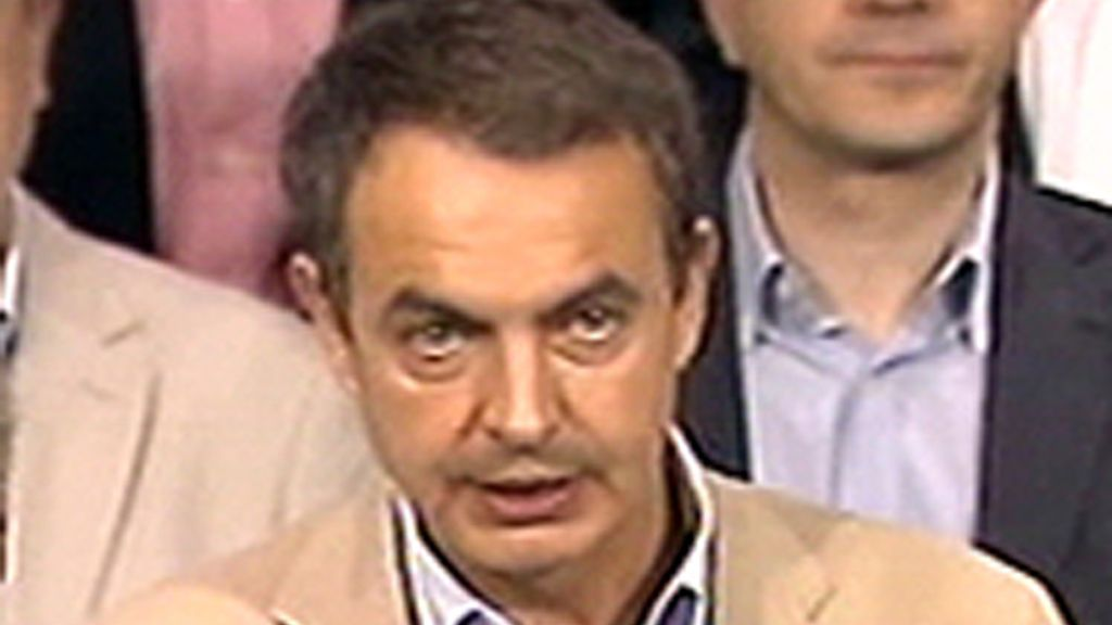 Zapatero agradece a PNV y CC su apoyo en unos PGE decisivos para el futuro