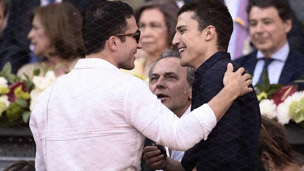 Miguel Ángel Silvestre y Álex González mostraron mucha complicidad