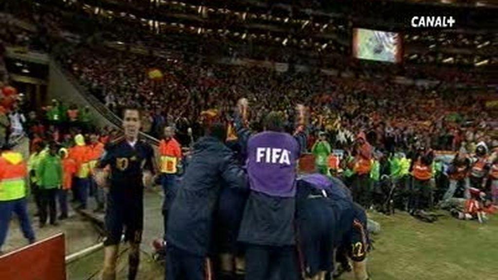 Gol de Iniesta que nos convierte en campeones del mundo