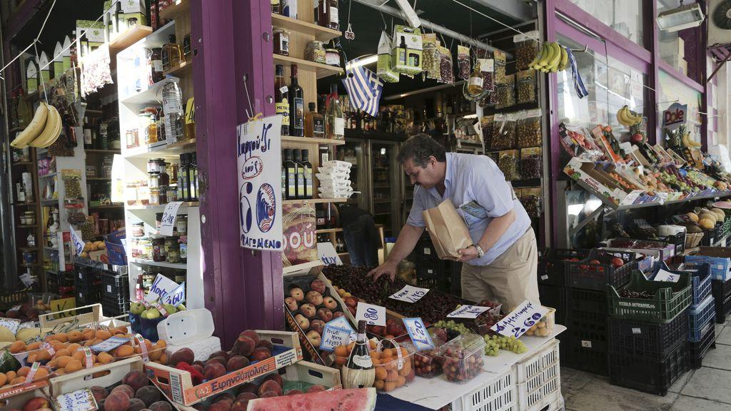 Grecia permite la venta de alimentos caducados a un precio más barato