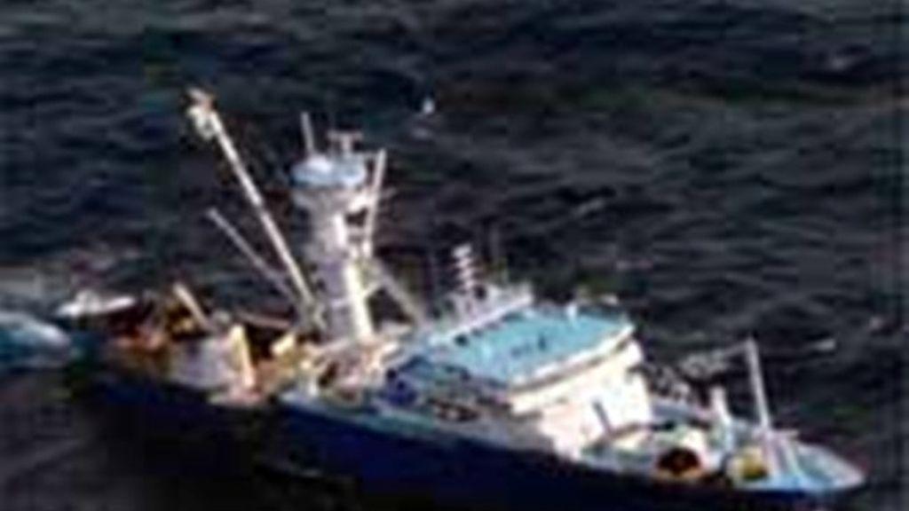 Un atunero vasco escapa de otro intento de ataque de los piratas del Índico
