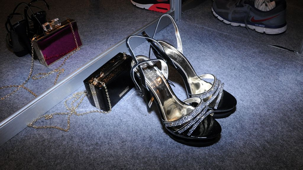 Los zapatos que completaron los diseños de María Escoté antes de salir a la pasarela
