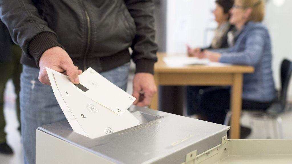 Los suizos votarán en referéndum una severa limitación de la inmigración