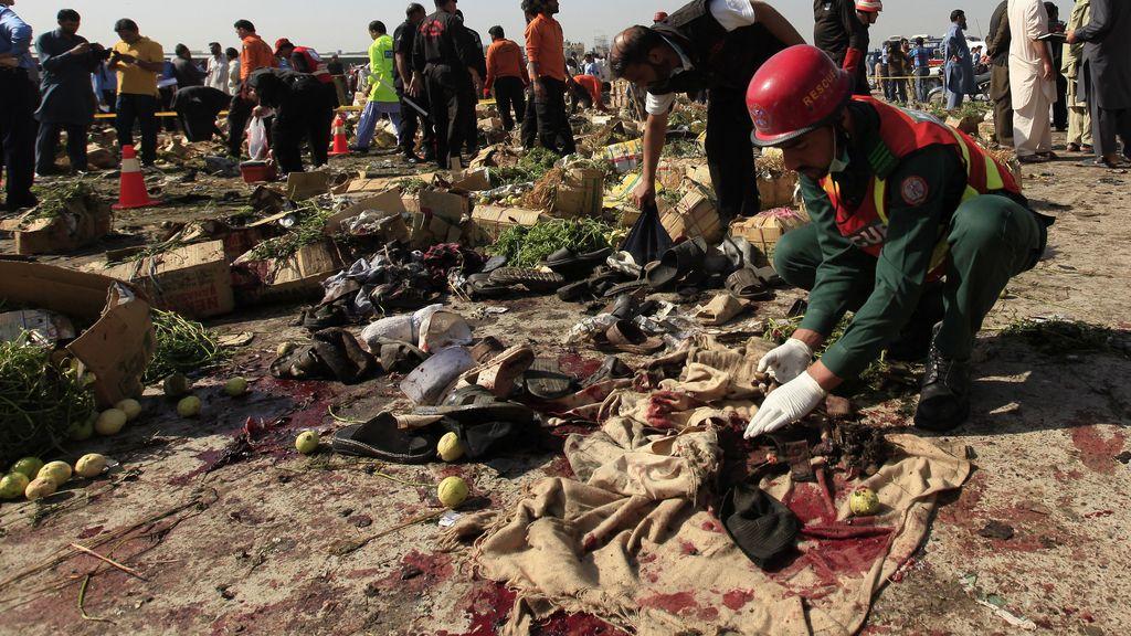Mueren 23 personas en un atentado en un centro comercial de Islamabad