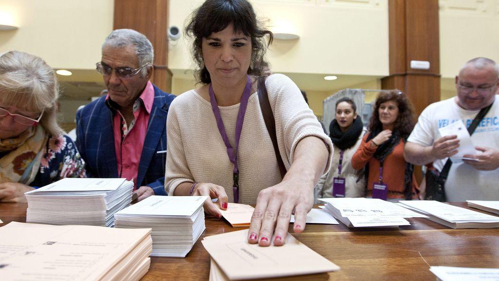 Teresa Rodríguez votando