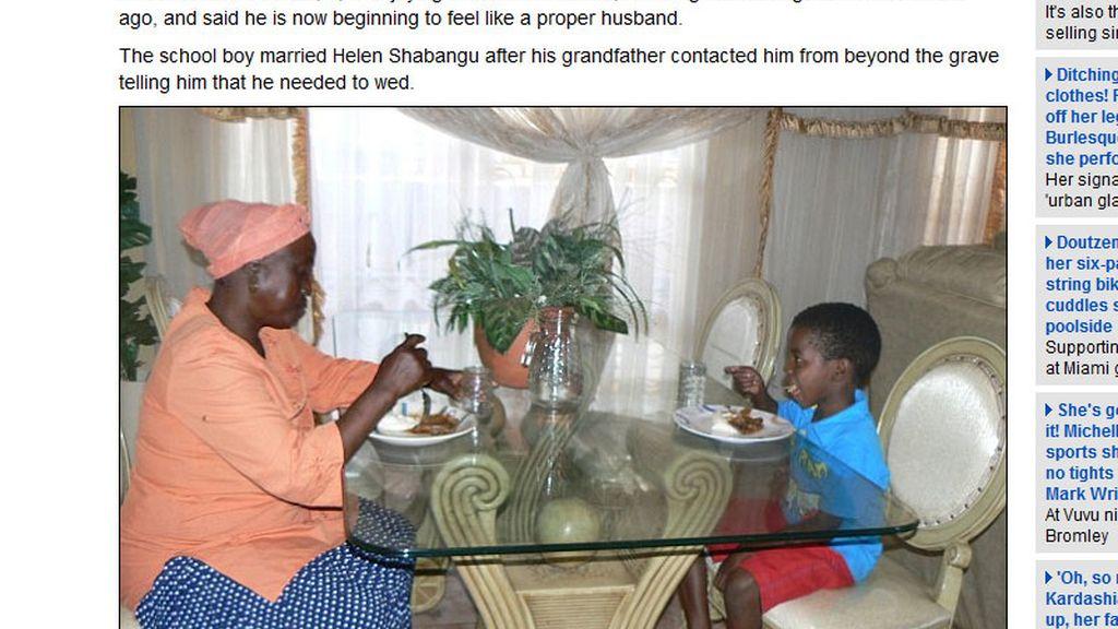 Salene cena con su esposa, 53 años mayor que él