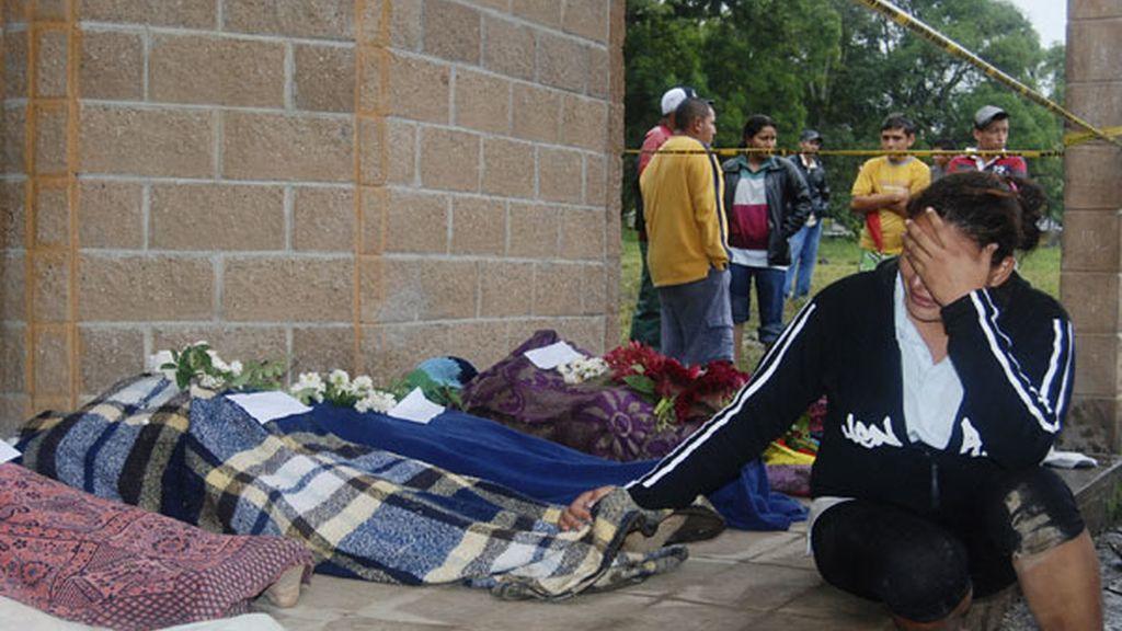 'Ida' arrasa con El Salvador