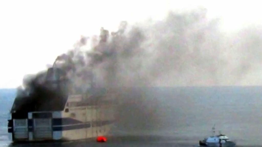 Evacuado un ferry italiano por un incendio con 466 pasajeros
