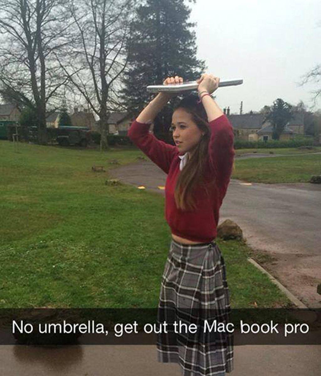 A falta de paraguas... el Mac
