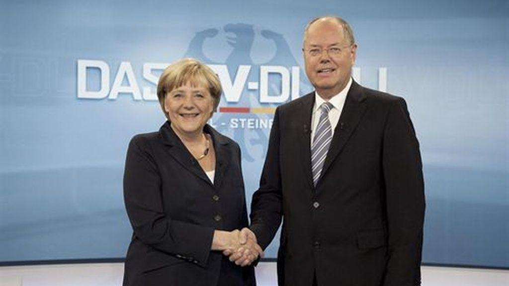 El único debate entre Merkel y su rival socialdemócrata no deja un ganador claro