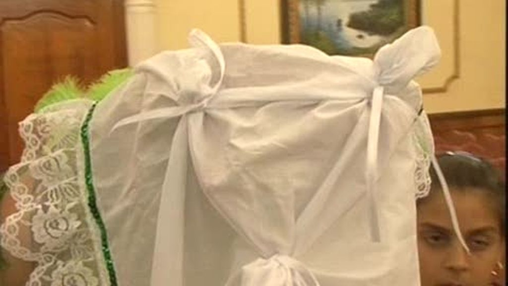 Boda Gitana: La prueba del pañuelo