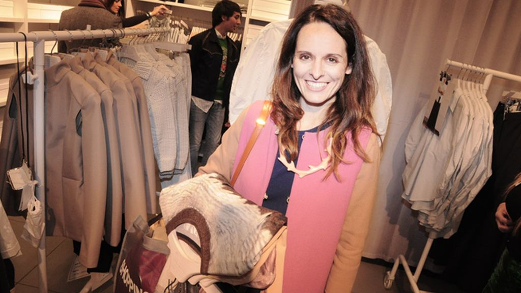 La diseñadora Ana Locking fue de las primeras en llegar a la preventa de Margiela